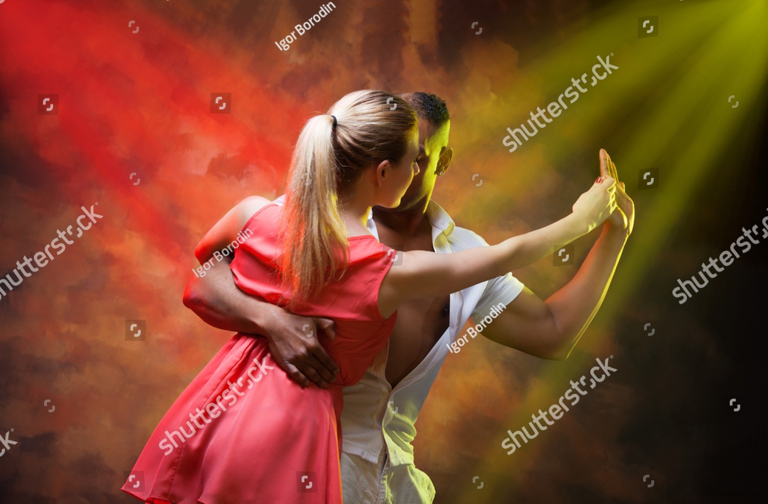 stock-photo-young-couple-dances-caribbean-salsa-501581479