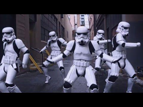 Stormtroopers dancing